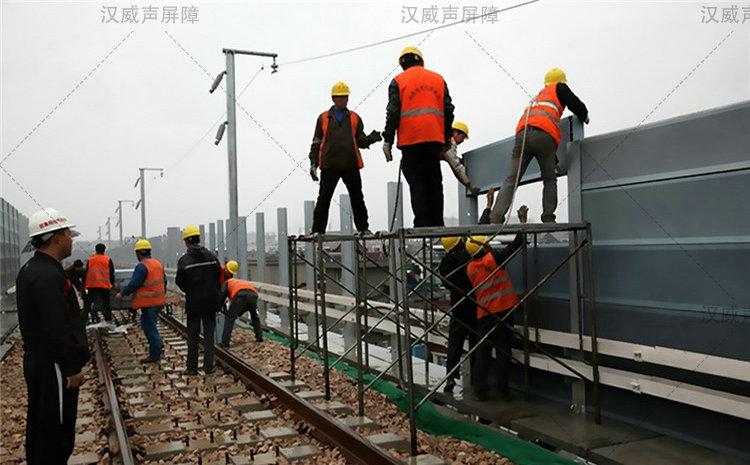 甘肃白银铁路高架地铁轨道交通静音带